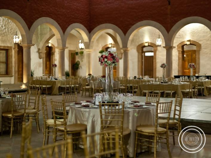 Claustro santa fe hacienda de eventos en leon tel fono for Salon de leon