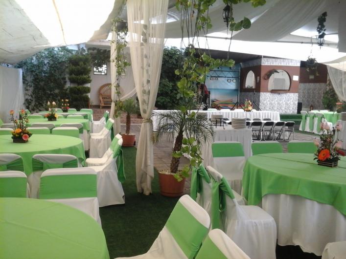 Jardin de fiestas del arenal salones de fiestas for Jardines pequenos para eventos df
