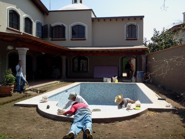 Alberca y equipos instalaciones hidraulicas y electricas for Construccion de albercas en mexico