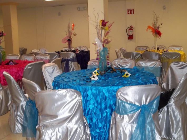 Renta de mobiliario y manteleria el pollo mesas y sillas for Todo mesas y sillas
