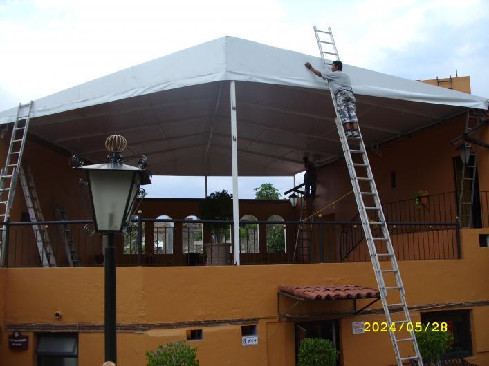 Toldos y cortinas comerciales de irapuato lonas for Toldos para locales comerciales
