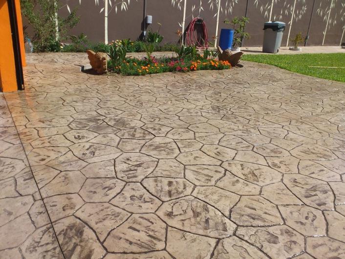 Pisos y estampados de b c s a de c v pisos de concreto for Pisos para cocheras y patios