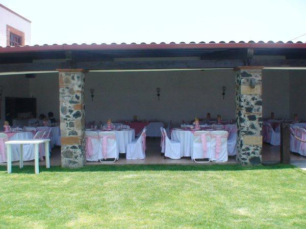 Terraza jardin las herraduras salon de eventos en san for Jardin en terraza
