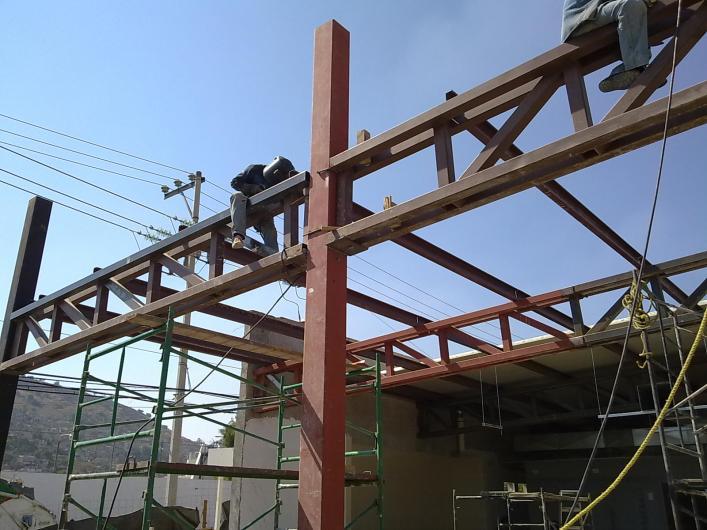 Estructuras y techos metalicos revamimantenimiento de - Imagenes de estructuras de casas ...