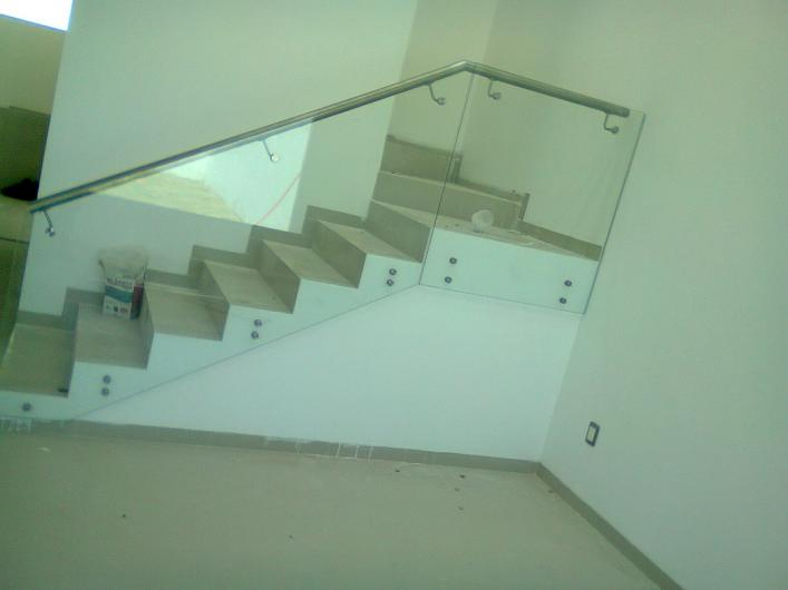 Grr canceleria de aluminio y vidrio ventanas panoramicas for Aluminios y cristales