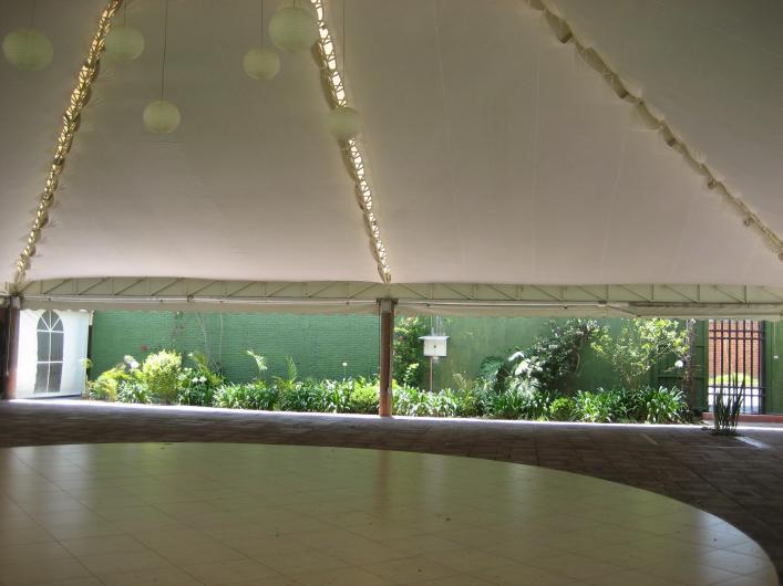 Jardin de fiestas los fresnos salon con pista de baile y for Jardin 3 marias puebla
