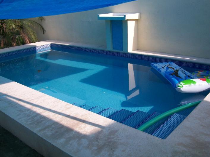 Piscinas residenciales de tampico dise o de ambientes for Construccion de albercas en mexico