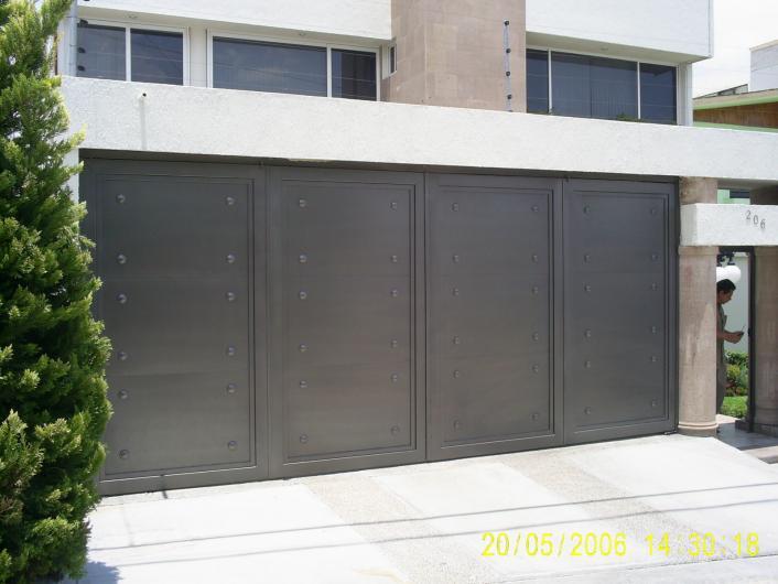 Portones de herreria minimalista related keywords - Puertas de metal para casas ...