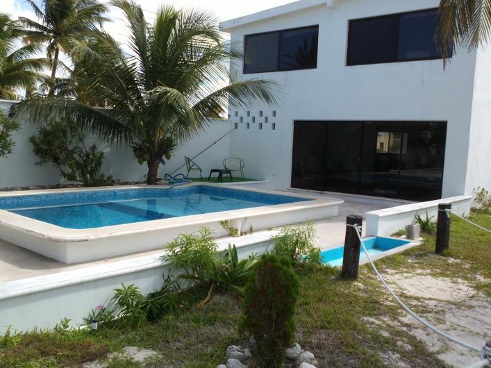Chelem yucatan mexico renta casa frente al mar en for Casa moderna frente al mar