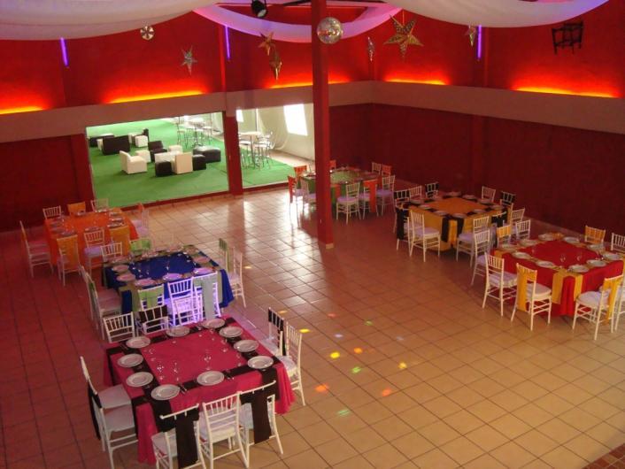 Salon de eventos la lune en tlalnepantla de baz tel fono for La lune salon
