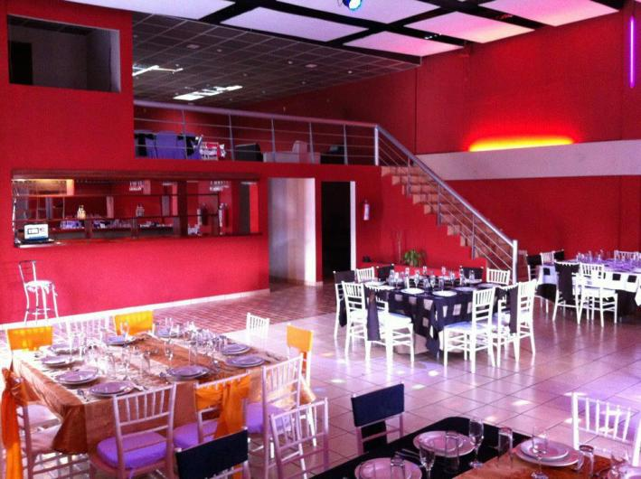 Salon de eventos la lune en tlalnepantla de baz tel fono for Acropolis salon de eventos