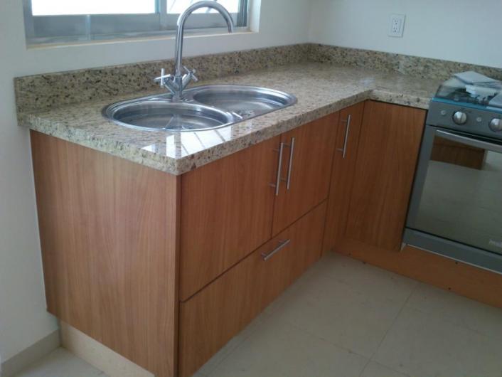 Fabrica de cumbierta de granito y marmol para cocinas en for Cocinas de granito precio