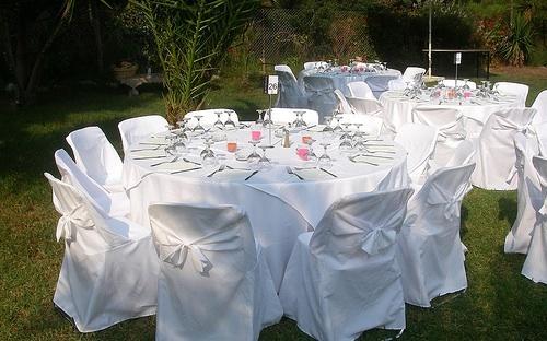 Renta de mesas redondas para tus mejores eventos en tuxpam for Mesas redondas plegables para eventos