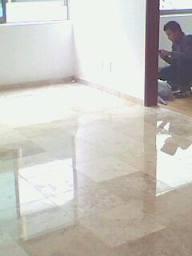 Mant tec pulido de marmol terrazo y granito en gustavo for Pulido de marmol y granito