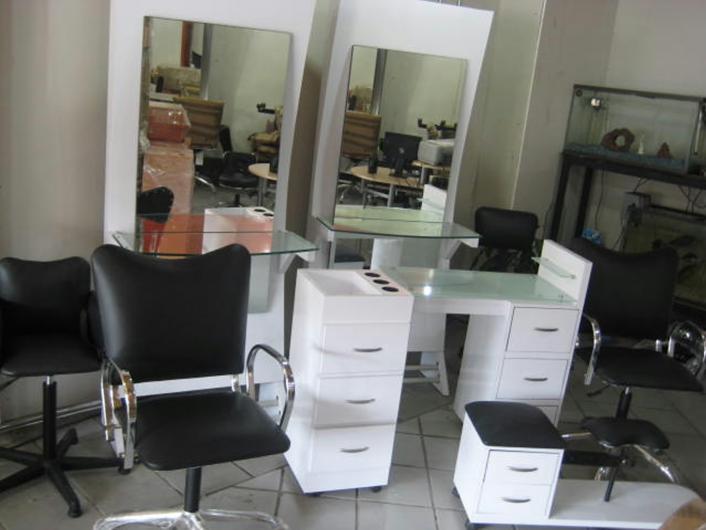 Muebles para esteticas casa luna en CUAUHTEMOC Teléfono y más info