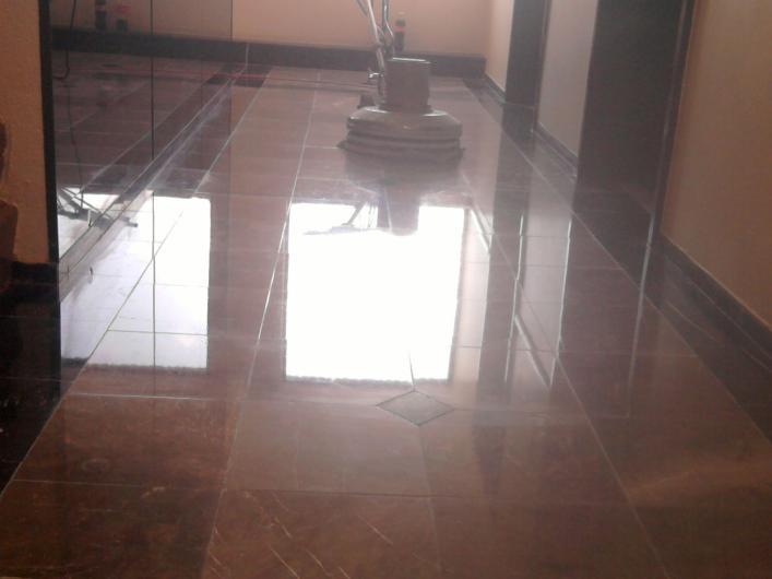 Pulido de pisos de madera y marmol en coyoacan tel fono for Pulido de pisos de marmol