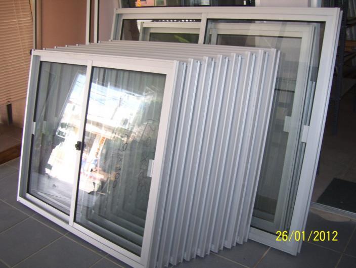 Instalacion de vidrios y aluminio gonzalez en zapopan for Ver precios de ventanas de aluminio
