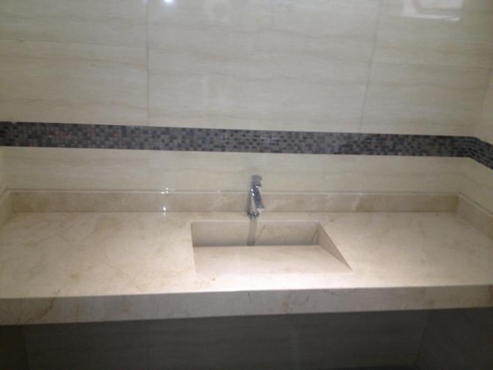 Carrara marmol granito y onix en merida tel fono y m s info for Accesorios bano piedra
