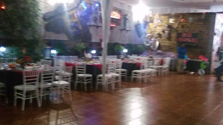 Jardin de eventos camelot en cuautitlan izcalli tel fono for Alma de agua jardin de eventos