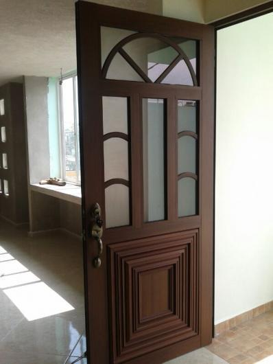 Imagenes de puertas de aluminio para ba o for Puertas de aluminio y vidrio modernas