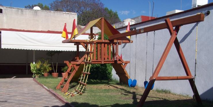 El patio de mi casa cimatario jard n de fiestas infantiles for Casa infantil jardin segunda mano