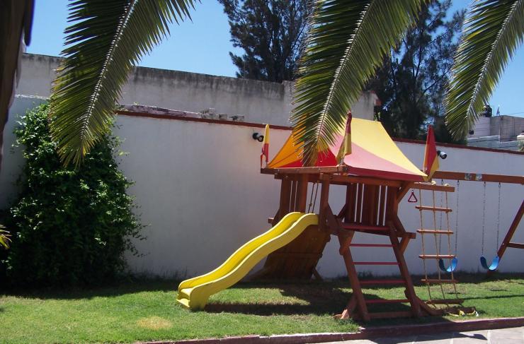 El patio de mi casa cimatario jard n de fiestas infantiles for Telefono casa jardin